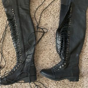 Knee high boots size 6 1/2